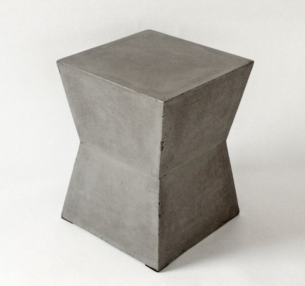 betonhocker_xquadrat_grau_1